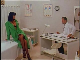 Hot Venere Bianca in sexy lingerie fucked in a doctor's visit